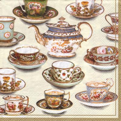 ロンドンのヴィクトリア&アルバート博物館 V&A にある18〜19世紀の手描きの磁器をもとに作られています。