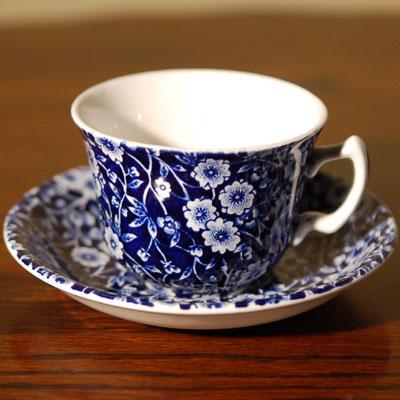 画像1: Burleigh バーレイ ブルーキャリコ ティーカップ&ソーサー (1)