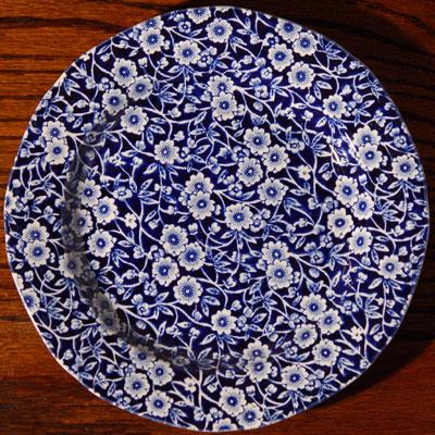 画像1: Burleigh バーレイ ブルーキャリコ プレート 21.5cm (1)