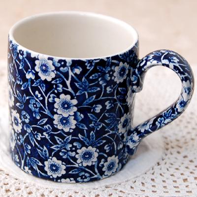 画像1: Burleigh バーレイ ブルーキャリコ マグカップ (1)